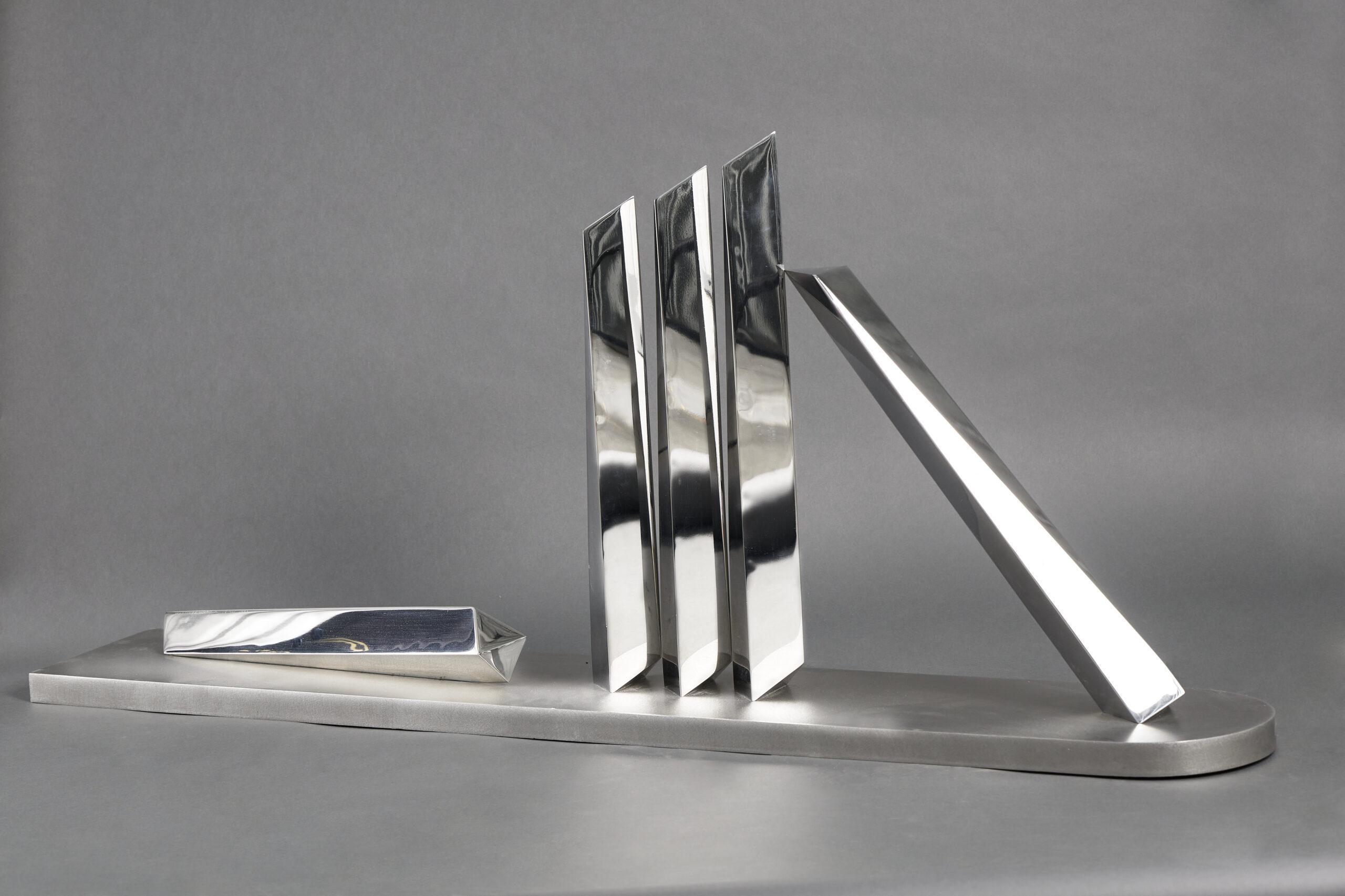 Lote 035 – Vestigio Geométrico del presente – Aço